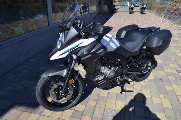 Suzuki DL 650 V-Strom Travel 2020